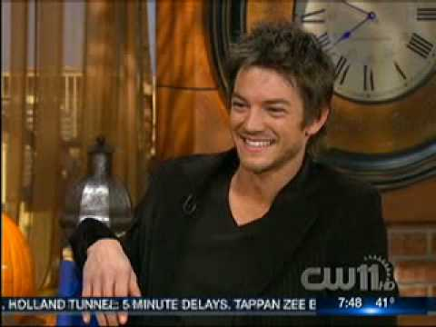 Legend of the Seeker  Craig Horner CW11