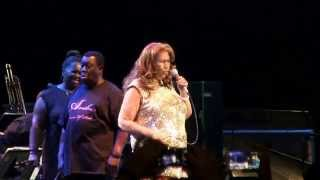 "Aretha Franklin- ""(You Make Me Feel Like) A Natural Woman"" Live in Syracuse 7-18-2015"