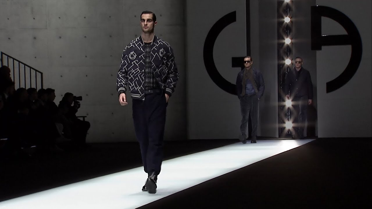 ac3358ba02e7 Giorgio Armani Fall Winter 2018-19 Men s Fashion Show - YouTube