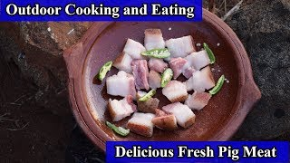 Outdoor Cooking and Eating Delicious Fresh Pig Meat on a Rock | Forest Cooking Pork | Wild Food