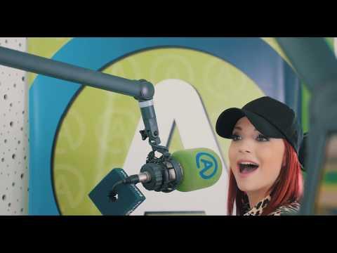 Tanja Žagar - Mala Sobica (Official Video)