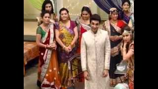 Gayatri Feels Jealous In 'Yeh Rishta Kya Kehlata Hai'