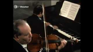 David Oistrakh - Mozart - 6 Variations on Helas, j