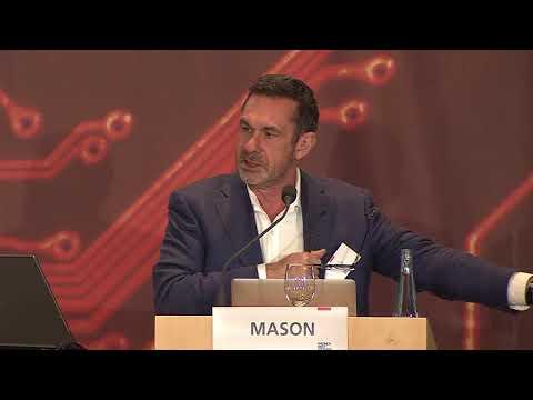 Keynote von Paul Mason, Journalist und Autor