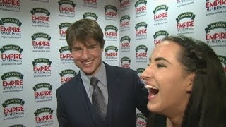 Reporter goes on a mission to get a selfie with Tom Cruise