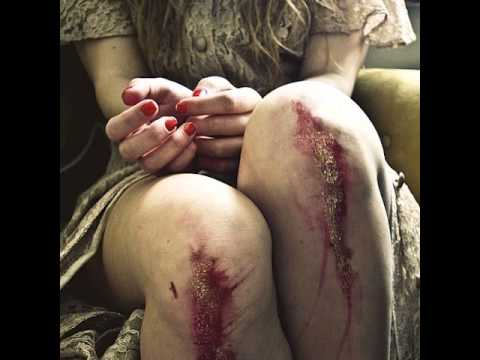 Зана - Додирни ми крвава колена