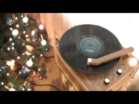 Now Is The Caroling Season Side 1 - Fred Waring & The Pennsylvanians
