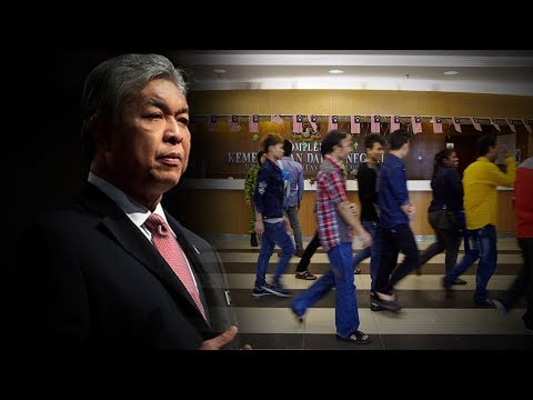 Zahid: All foreign workers to undergo medical screening