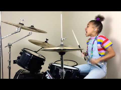 Kid Drummer Nails Queens of the Stone Age's 'No One Knows'