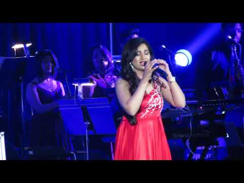 Shreya Ghoshal Medley Live (Shukran Allah, Tere Mast Mast Do Nain, Piya O Re)