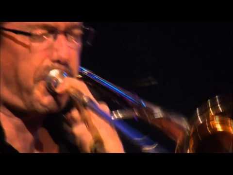 Santana - Dame Tu Amor - Live at Montreux 2011 - HD