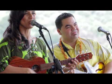 Pomaika`i Lyman  I Ali`i No `Oe HiSessions.com Acoustic Live!