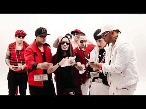 Daddy Yankee Ft. Ñengo Flow, Arcangel, Farruko - Llegamos A La Disco Version Corta (Video Official)