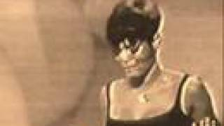 Miss Dionne Warwick - Don't Make Me Over (Year 1967) thumbnail