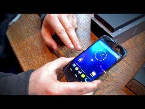 LG Google Nexus 4 Unboxing
