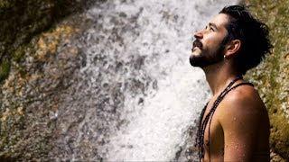 Смотреть клип Camilo - Corazón De Hojalata