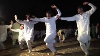 Amazing Saraiki jhumar Dance at Night - wedding Dance in pakistan