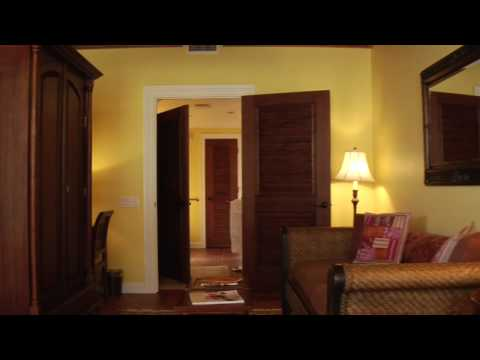 THE CREOLE ROOM at Port d'Hiver Bed & Breakfast