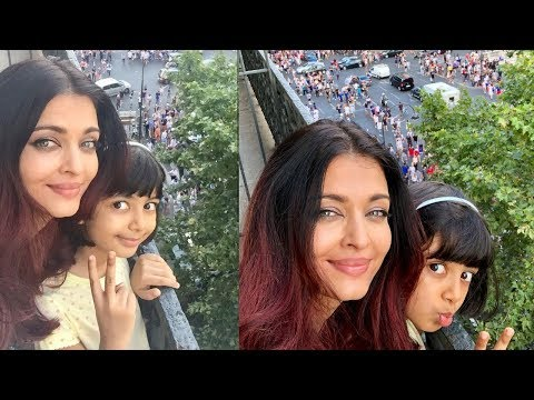 Aishwarya Rai Bachchan celebrating France FIFA 2018 won in Paris with Aradhya Bachchan