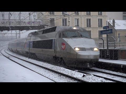 Les trains de Paris Montparnasse sous la neige