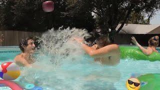10 SUPER FUN AND BEST THINGS TO DO IN A POOL!