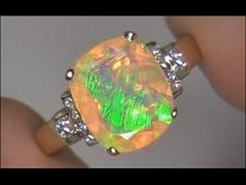 AMAZING 3.80 Carat Welo Ethiopian Opal & Diamond Ring Solid 18K Gold