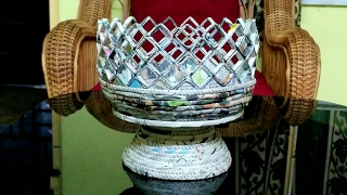 How to make a newspaper fruit basket