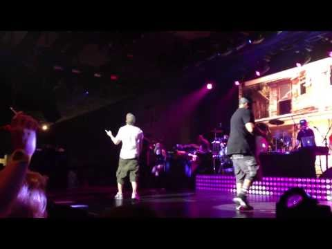 Eminem - Cleaning Out My Closet @ Shock The World 2013 G-Shock