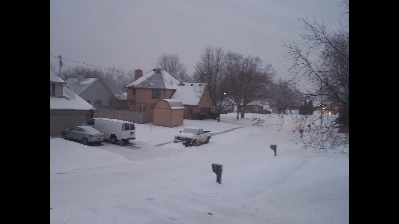 Heavy Snow   In the Muncie Lakes trail complex on Feb ...  Muncie Snow