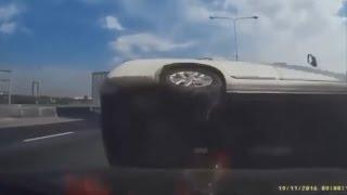 【ドラレコ】高速道路クラッシュ  交通事故 DQN キチガイ 最新版動画集 HDTV thumbnail