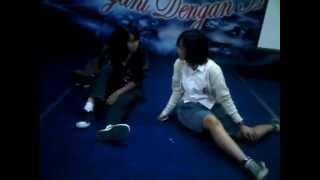 Download Video Sang Lesbian [High School Play] MP3 3GP MP4