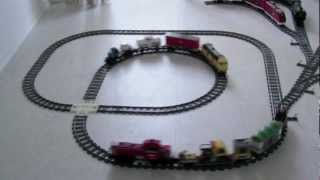 LEGO Train Crashes with 3D Printed Crossing Track