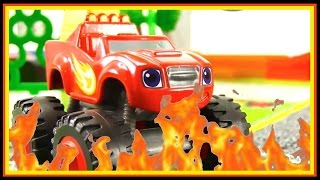 BLAZE! Toy Trucks FIRE CRASH - Blaze Monster Machines Racing Track Playset Videos for kids