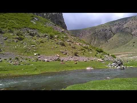 Источник минеральной воды в селе Бжни, май 2019, Армения