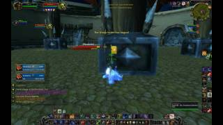 World of Warcraft  Prot Warrior PvP lv80 Xarco