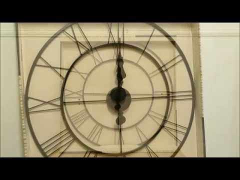 60cm Round Metal Wall Clock
