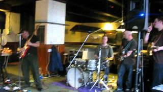 Glas playing Directly from my Heart to You @ the Rob Ynysybwl 22-04-2012