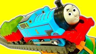 Super Fast Thomas The Tank Trackmaster Mod & Train Wreck Stunts Crashes
