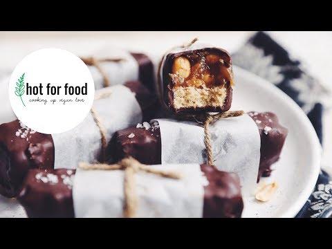 VEGAN CARAMEL PEANUT CHOCOLATE BARS | hot for food