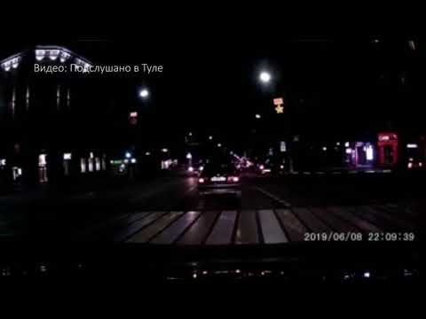 Момент ДТП на проспекте Ленина в Туле