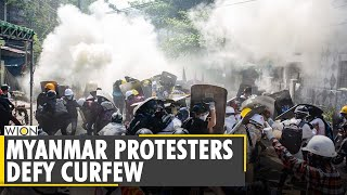 Myanmar's anti-coup protesters break curfew after Police trap 200 | Military Junta | English News