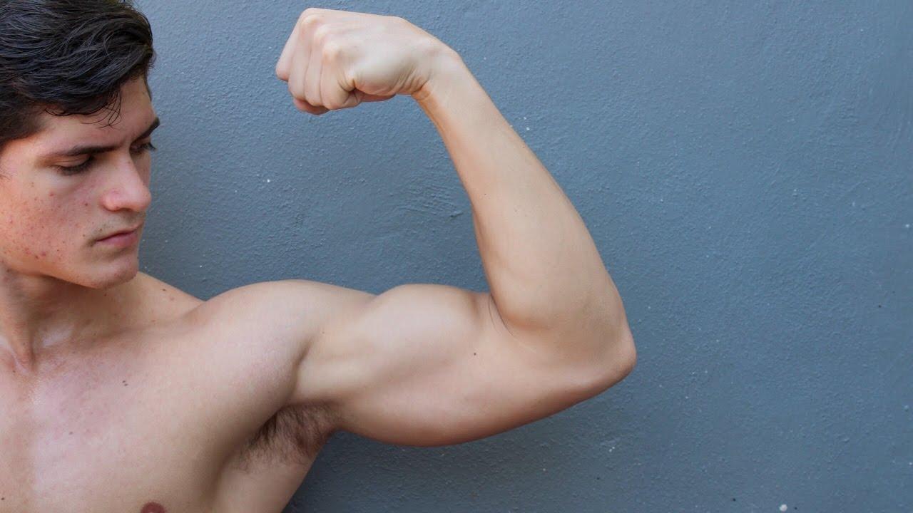 ejercicios caseros para aumentar hombros