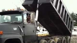 1994 Ford L9000 6 axle Heavy Duty Dump For Sale
