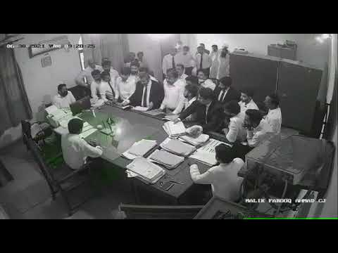 Fsd incident Fight between Judge and member Punjab bar council mian mehran tahir