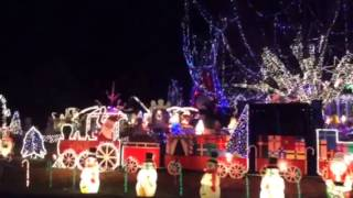 Cottage Grove WI Christmas Lights   Best of Midwest Epic Lighting   Madison WI   Duplayee