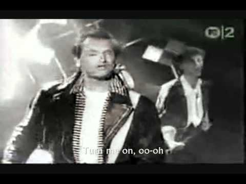 WANG CHUNG - HYPNOTIZED ME (Lyrics).wmv