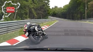 Very FAST Biker meets Megane RS on the Ring - Nürburgring Nordschleife Touristenfahrten BTG