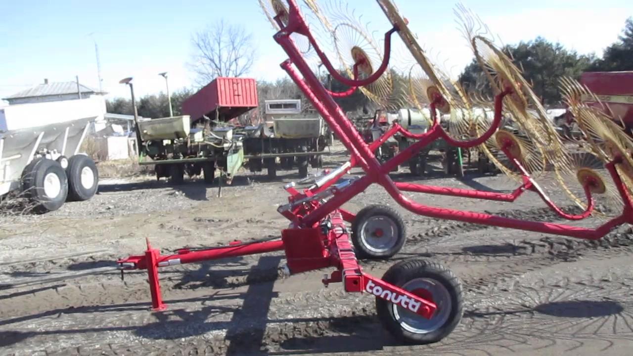 Tonutti 10 wheel rake