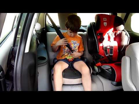 2012 Mazda 5 Kids and Carseats Review