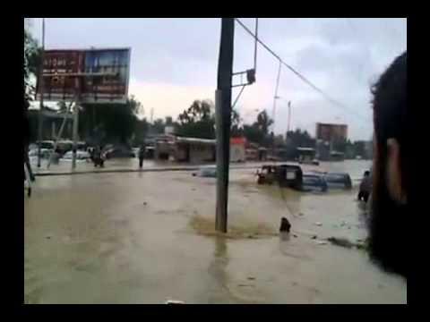 SHOCKING RAIN IN LATIFABAD HYDERABAD, SINDH 12 SEPT 2011